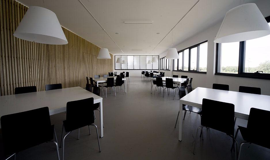<p>Meeting center azienda Globo&nbsp;castel Sant&#39;Elia _2011</p>